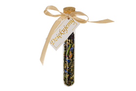 A thank you gift for guests – a bottle with a card, cork and tea